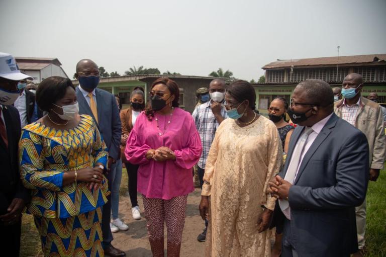 Autonomisation des femmes : Denise Nyakeru Tshisekedi promet de réhabiliter le centre féminin Maman Mobutu (CongoForum)